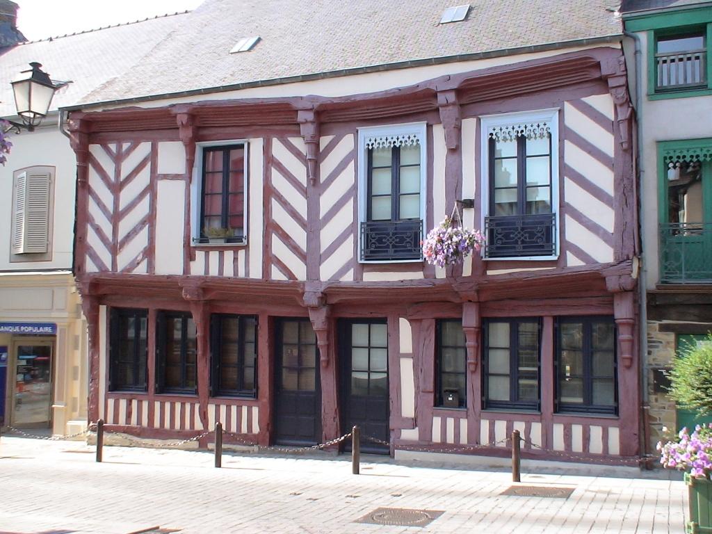Maison_en_colombage_à_chateaugiron